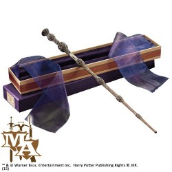 Professor Dumbledore's Wand in Ollivanders Box - Noble Collection NN7145